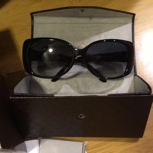 Authentic Gucci Sunglasses black